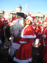 Lady Pirate Santa & Mrs Claus - Santcon 2011 - Trafalgar Square