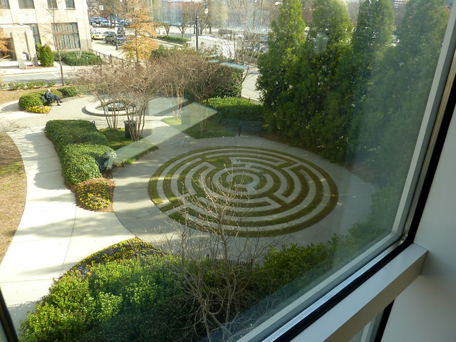 P1030076-2011-12-14-Crawford-Long-Emory-Orr-Labyrinth