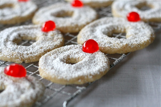 Hazelnut Shortbread Wreath Cookies 2