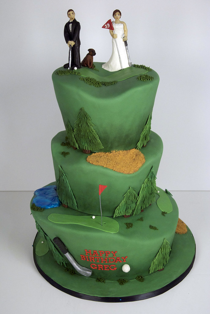 Golf Themed Cake Images : 686px