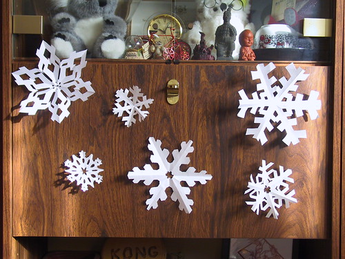 Paper Snowflakes by cin_kong