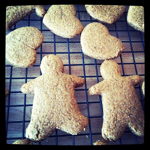 Cooling gingerbread men