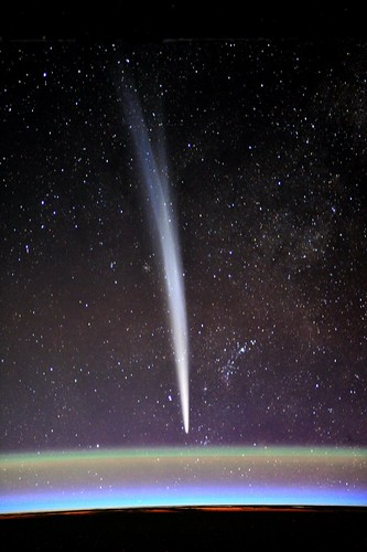 Comet Lovejoy by Cdr Dan Burbank @astrocoastie, on launch day. One of the first who spotted it.