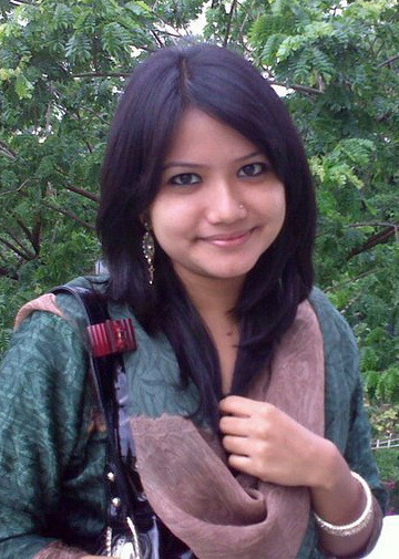 Chittagong Beautiful Girls Photo