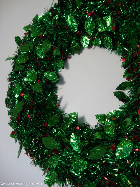 tshiny tinsel wreath