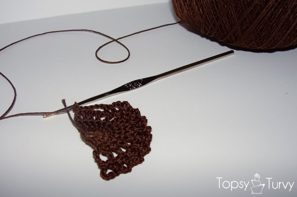 queen-annes-lace-thread-crochet-bracelet-row-3