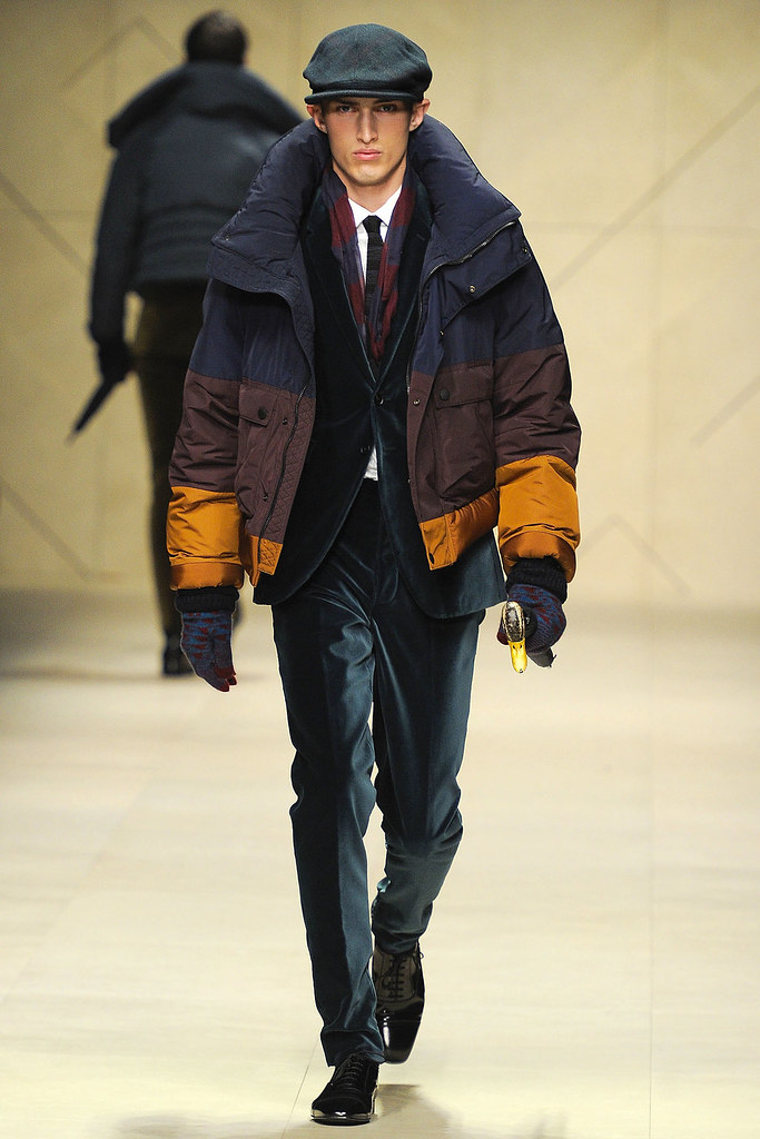 FW12 Milan Burberry Prorsum043_Charlie France(VOGUE)