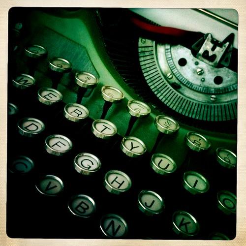 Vintage typewriter Hipstalove
