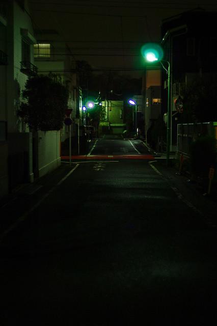 住宅街の街灯