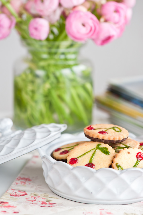 ranunculus and cherry cookies