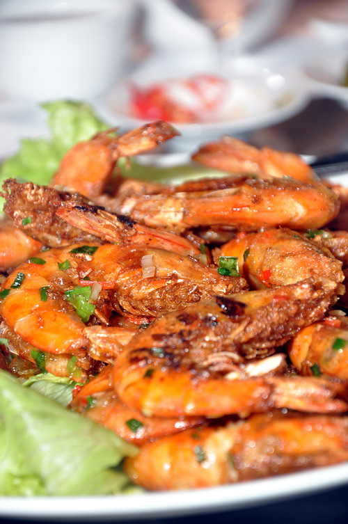 stir fried prawn with seasonal salt