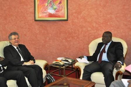 Audience : Le Ministre CISSE Ibrahima a reçu le recteur de l'AUF