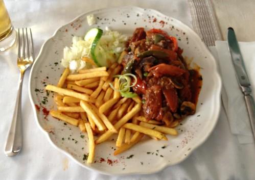 "Rinderfilet ""Budapest"" / Beef filet ""Budapest"""
