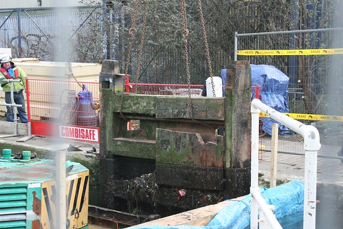 Lifting out the lock gate