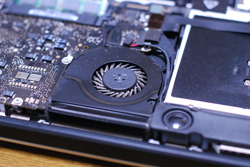 Adding More Memory to MacBook Pro 13-inch Mid 2009