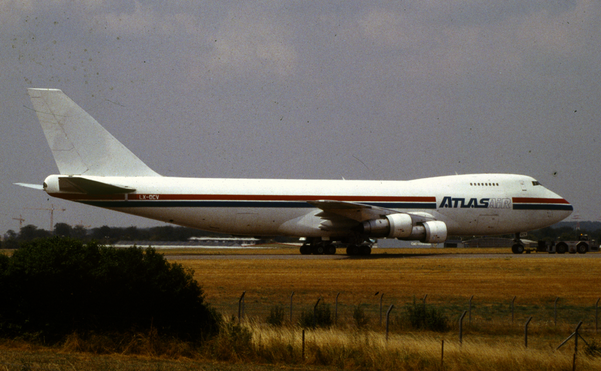 LUX-related B747s 6851052125_bd5762ebc5_o