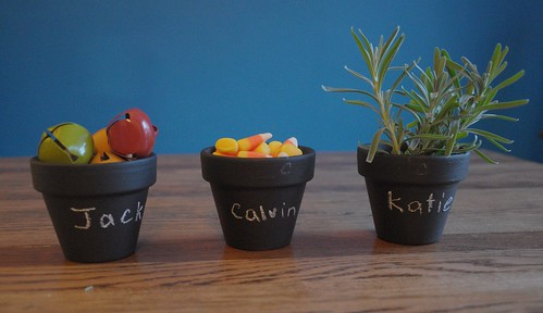 terra cotta pots with chalkboard paint
