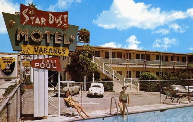 Motel  Dean Martin