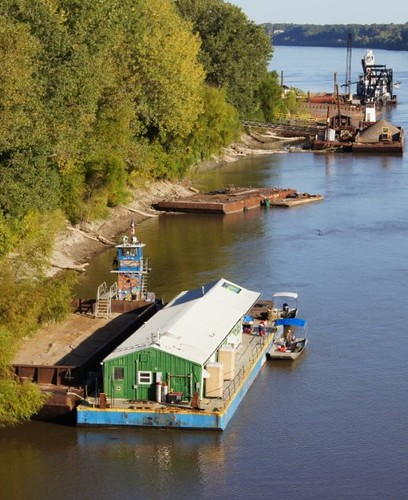 River Cleanup Barge - Jefferson City mooring