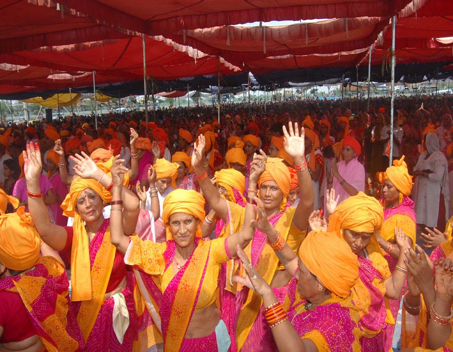 Om Namah Shivay Ashram Lucknow Kanpur & Prayag's most interesting