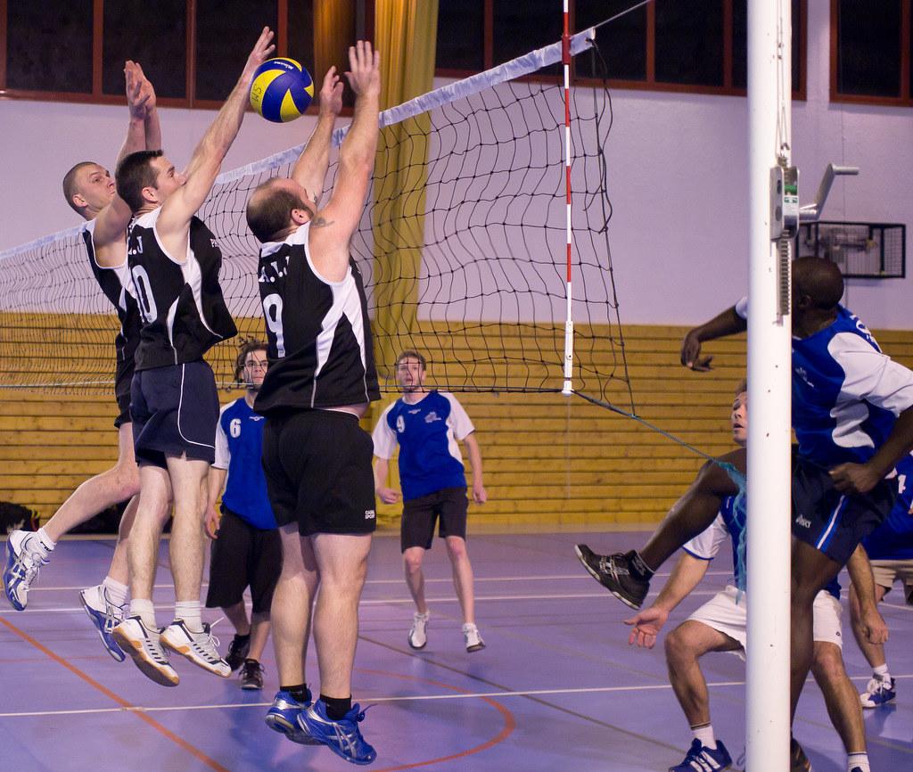 1er essai sport intérieur (Volley ball) 6459317375_b0ba5ab414_b