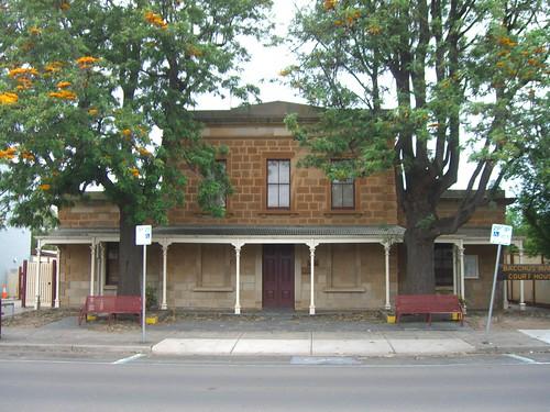 architecture mainstreet australia victoria courthouse williamjackson samuelwhite bacchusmarch