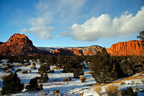 winter sunset 15fav usa snow 510fav landscape utah sandstone desert waynecounty 100vistas instantfave velvetridge nopin orig:file=20111205eos30d15948