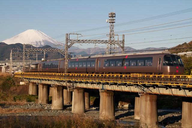 小田急30000系 EXE