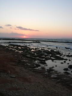 Image de Anissaras Beach (Παραλία Ανισσαρά) Plage d'une longueur de 4007 mètres. sunset rocky shore lowtide krete analipsy