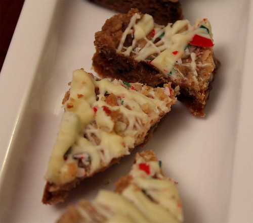 ... Days of Christmas, #10: White Chocolate and Peppermint Cookie Brittle