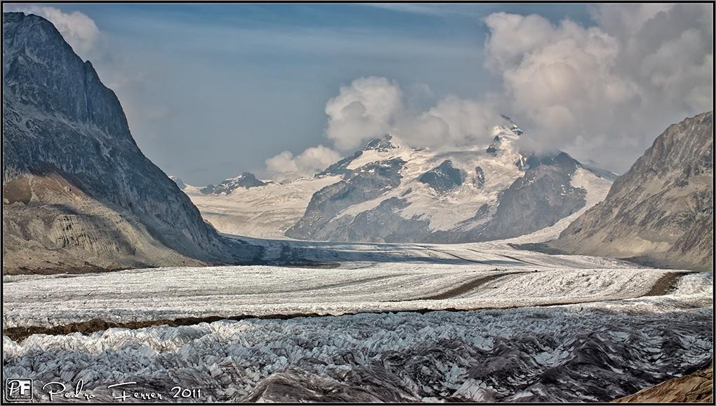 Suiza - Las Montañas - Autopista para gigantes