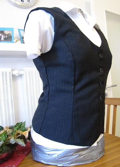 simplicity 2520 vest