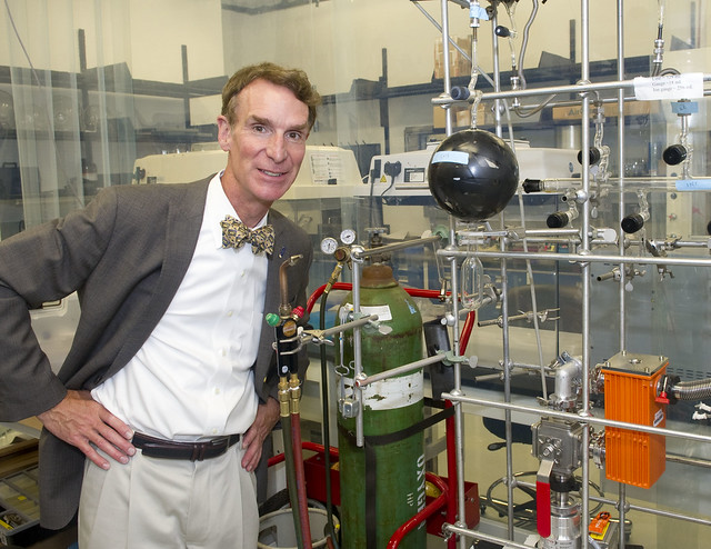 Bill Nye says Bill Belichick is full of crap #DeflateGate