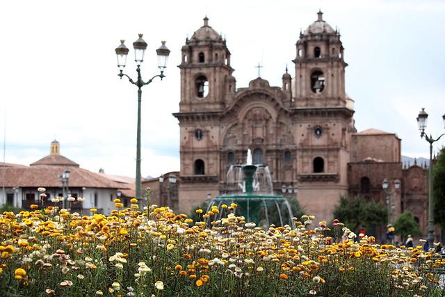 Plaza de Armas flowers