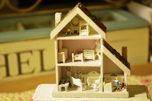 Dollhouse for a dollhouse!!