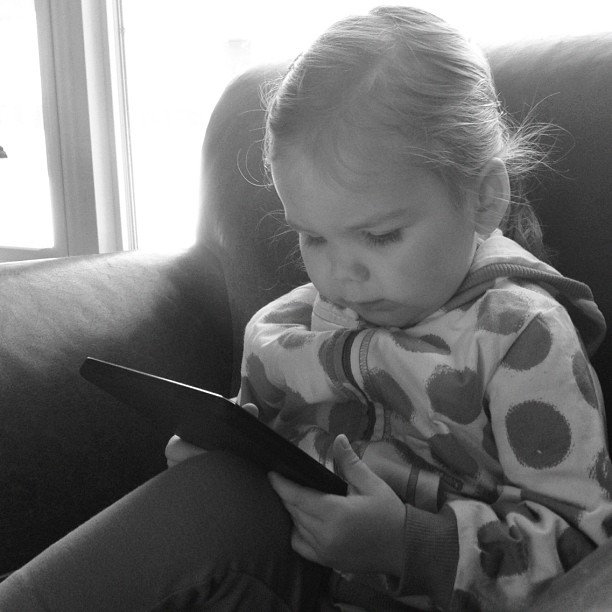 @farateam I love our new Kindle Fire and so does baby girl! Thank You!!