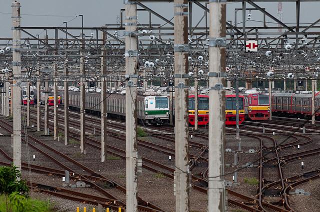 デポック電車区の東京メトロ6000系 6112F
