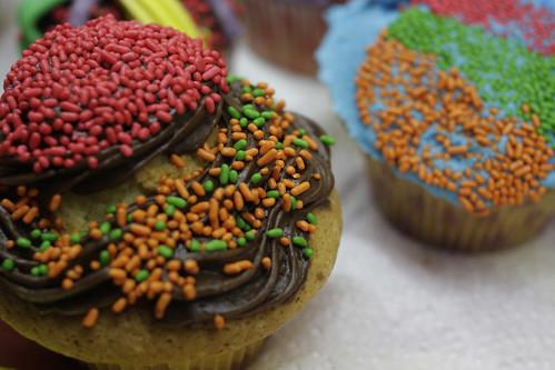 Δυο πολύ στρουμπουλά cupcakes από @Ban_Al_Aria