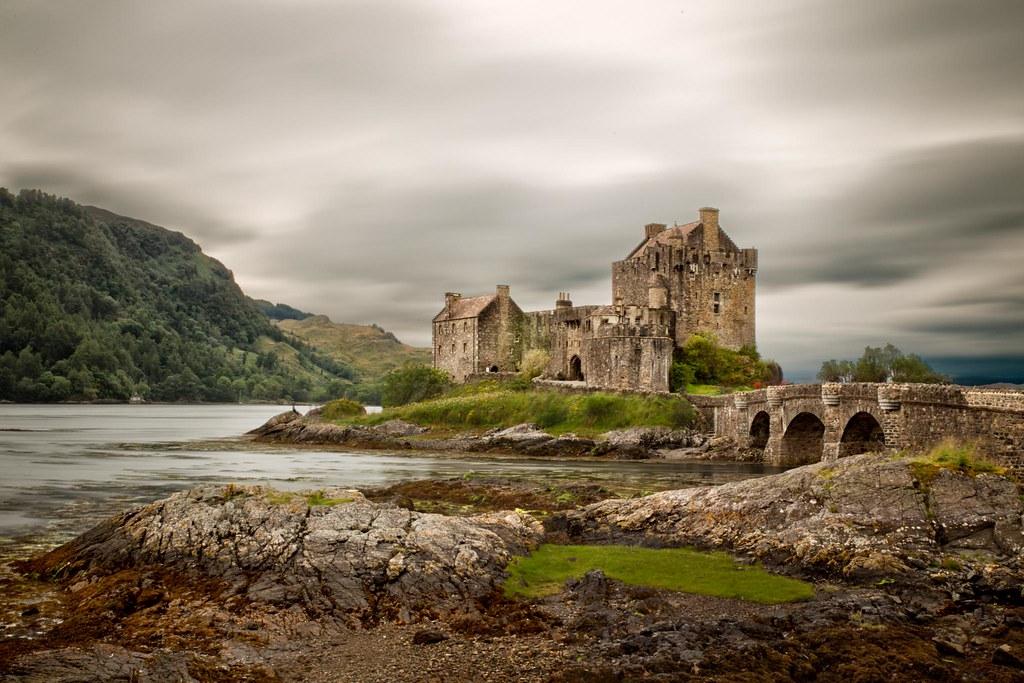 EILEAN DONAN CASTLE- SCOTLAND