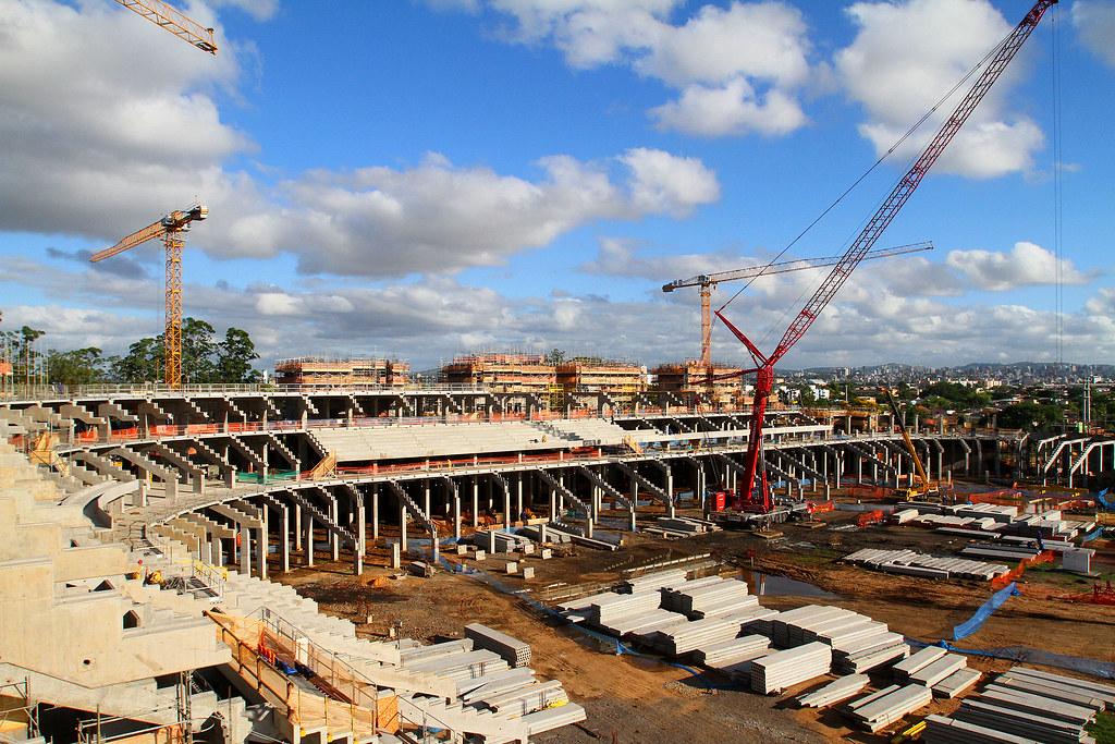 Construção da Arena gremista [53%] 6730540985_a50075710e_b