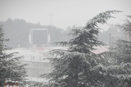 Winderwonderland Balikesir: stadium covered in snow (1)