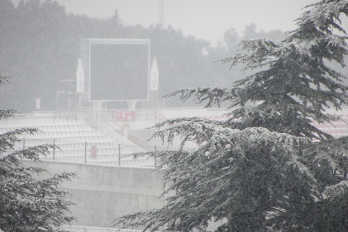 Winderwonderland Balikesir: stadium covered in snow (2)