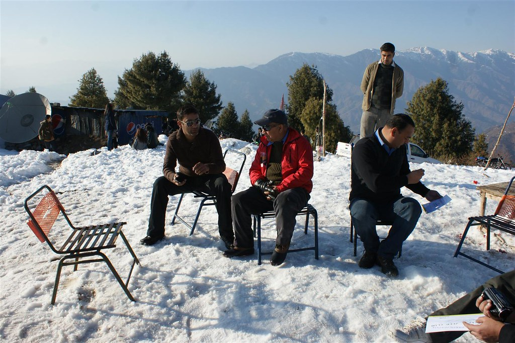 Muzaffarabad Jeep Club Snow Cross 2012 - 6830744765 5351e326e4 b