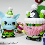 Holiday Dunny 2009 by TADO