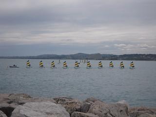 Bild av Middellandse Zee Stranden med en längd på 731 meter. frankreich france paca mer mediterranee baiedesanges 06 alpesmaritimes cagnessurmer bateau rocher côtedazur