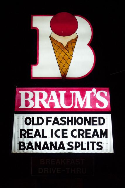 Braum S Ice Cream Burger Restaurant Cleburne Tx