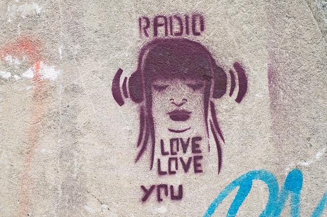 Header of radio love