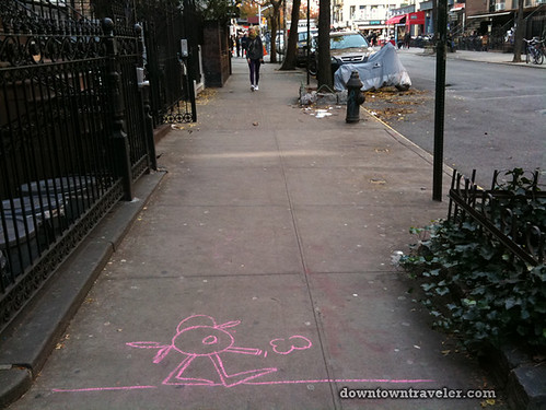 De la Vega chalk art in East Village_11