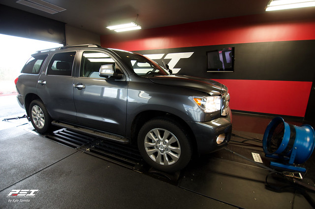 Supercharged Toyota Sequoia on the dyno at PSI