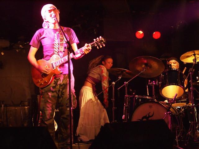 AKINOGI & Kasuga live session with Miro at Outbreak, Tokyo, 11 Dec 2011. 2-104